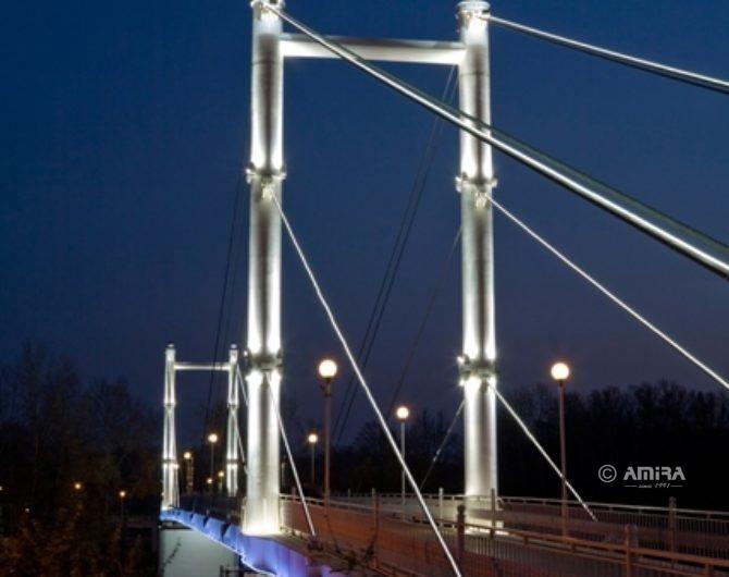 АМИРА_подсветка пешеходного моста Европа-Азия